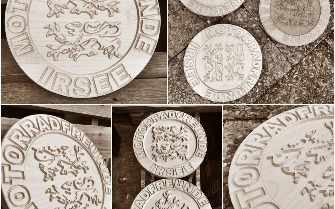 Holzschild Kontur & Wappen