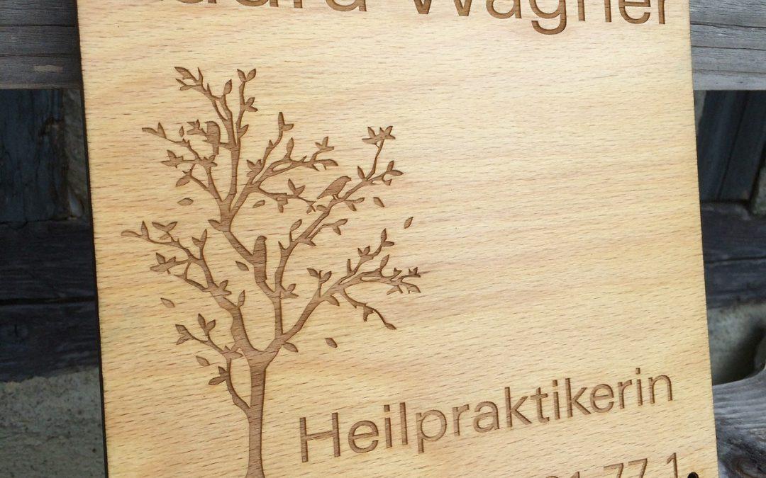 Praxis Schild aus Holz
