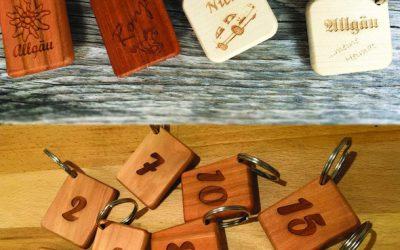 Holz-Schlüsselanhänger