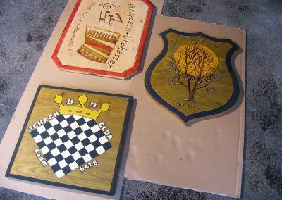 Holzschilder für Vereine mit Logo