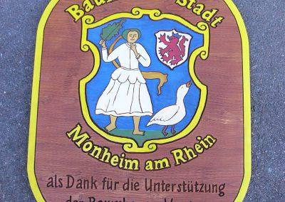 Monheim Rhein Bauhof Vereinebaum Holzschilder