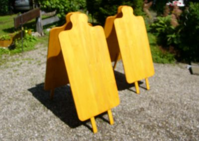 Holzaufsteller Kundenstopper in Brotzeitbrettformen