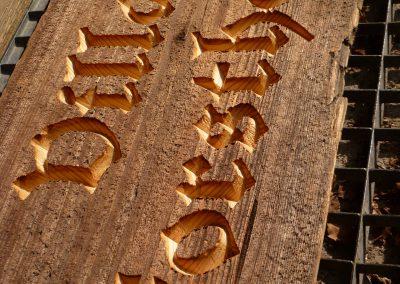 Altholz gefräst Firmenschild aus Holz