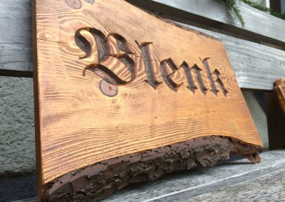 Blenk Türschild Familienname in Holz gefräst