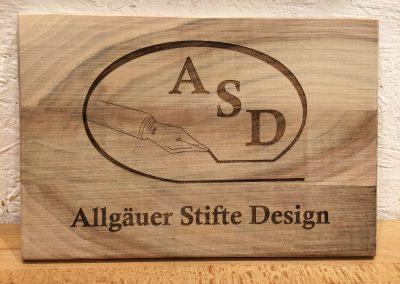 ASD Firmenlogo in Holz graviert