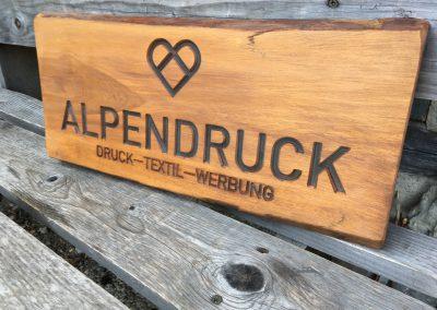 Alpendruck, Holz-Firmenschild rustikal