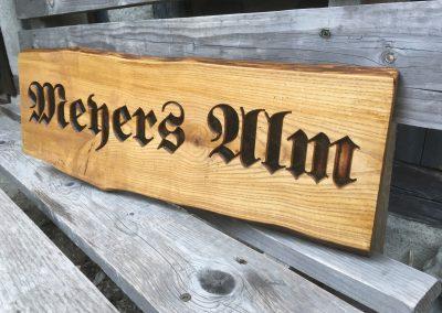 Meyers Alm, vertieft rustikal dunkel massiv