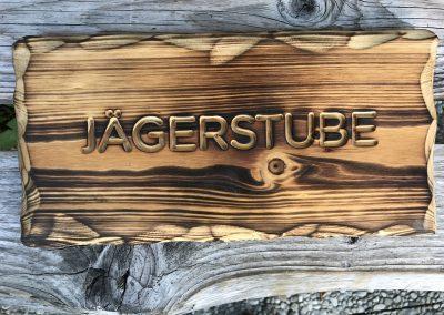 Jägerstube Heuschober Gastroschilder Zimmerschilder Türschilder geflammt aus Holz