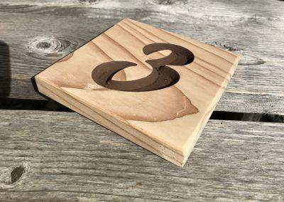 Türschild Zimmernummer aus Holz