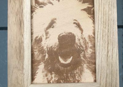 Fotogravur auf Holz im Holzrahmen