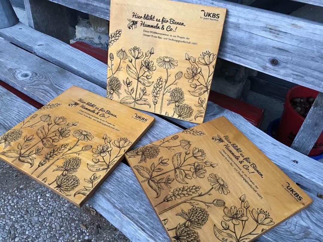 UKBS Bumenwiese für Hummeln & Bienen, Holzschild
