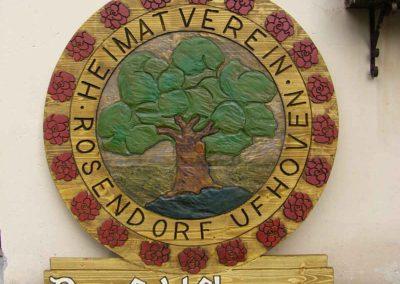 Dorf Ufhoven Holzschild geschnitzt retro