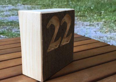 Tischnummer aus Holz