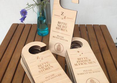 Türklinkenhänger aus Holz