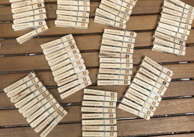 Wäscheklammer aus Holz mit Gravur