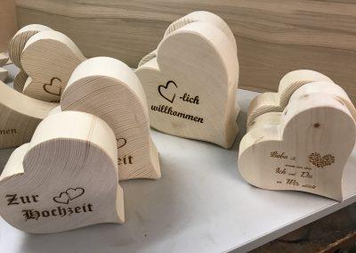 Holzherzen mit Textgravur